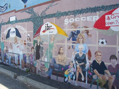 mural depicting local mound businesses
