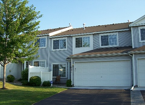 eden prairie townhome sold by ibr
