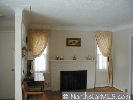 richfield-mn-mls-photo-of-fireplace.jpg