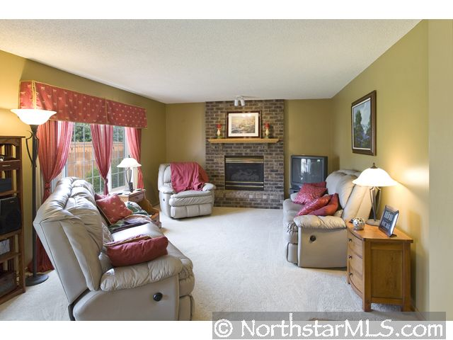 living room photo for woodbury mn mls 35767322