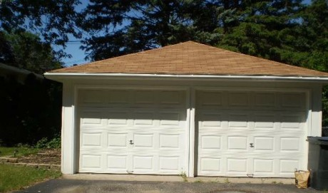 Not every home in Minneapolis has a double garage!