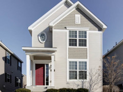 Hennepin Village:  Detached Townhome in Eden Prairie